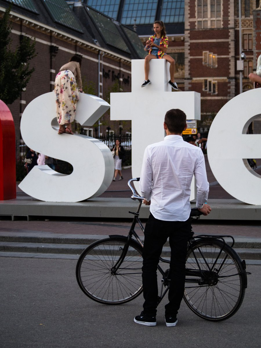 iamsterdam sign, letters