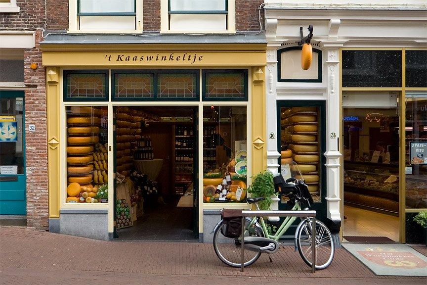 Co zjeść w Amsterdamie? Gouda, Edam i lokalne sery